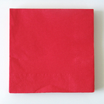 serviette-jetable-rouge