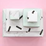 rouleau-papier-cadeau-design-memphis-menthe