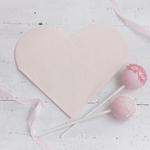 serviette-en-papier-coeur-rose-fete-anniversaire-gingerray