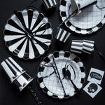decoration-table-fete-anniversaire-noir-et-blanc-sweet-party-day