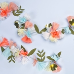 guirlande-de-fleurs-en-papier-meri-meri