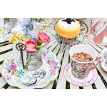 table-alice-au-pays-des-merveilles