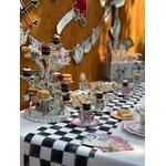 table-alice-in-wonderland