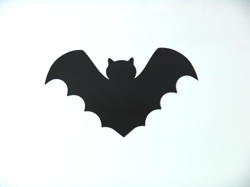 Pin chauve souris on pinterest - Deco halloween chauve souris ...