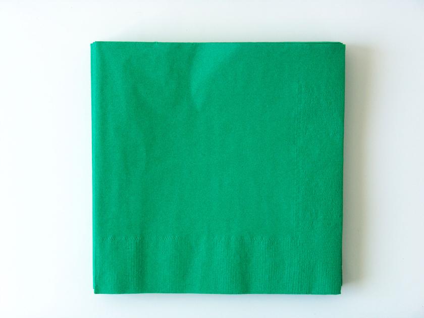 Serviette papier verte table de cuisine for Vaisselle jetable ikea