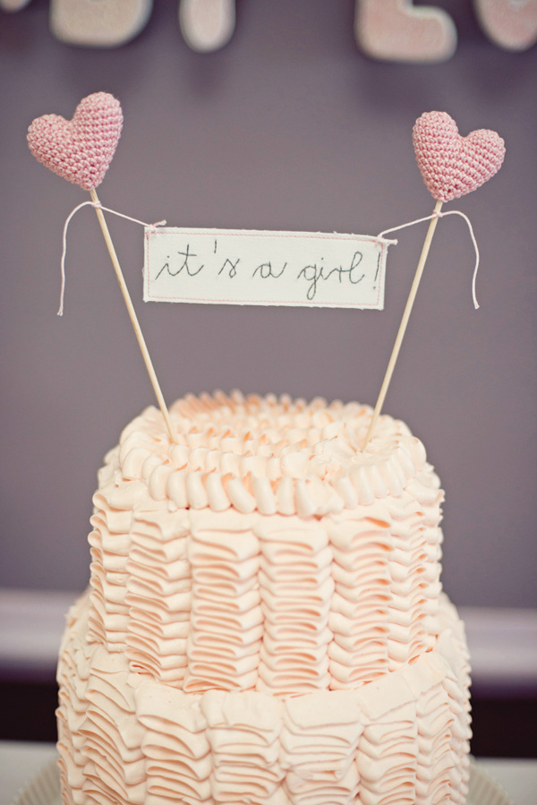 its-a-girl-cake
