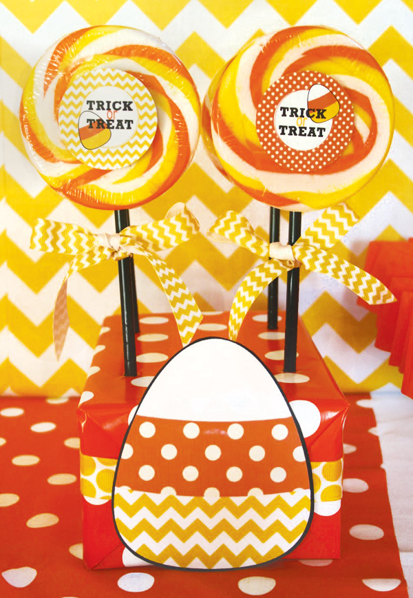 Trick-or-treat-candy-corn-lollipops