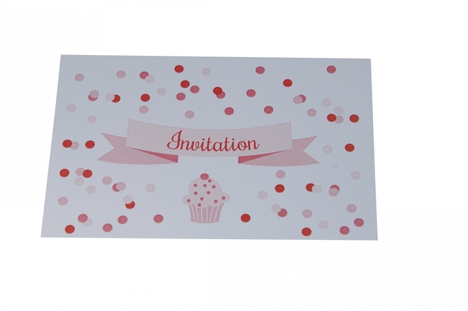 carte-invitation-anniversaire-cupcake