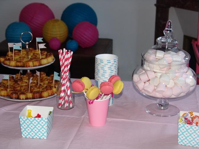 flash back les 1 ans de louise les anniversaires sweet party day. Black Bedroom Furniture Sets. Home Design Ideas