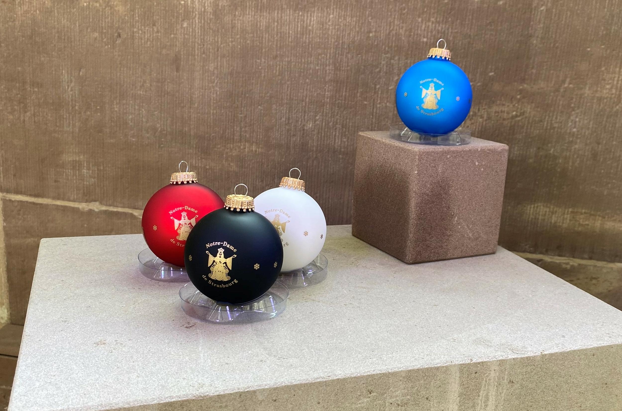 Boule Noël cathédrale vierge notre dame strasbourg 4 couleurs