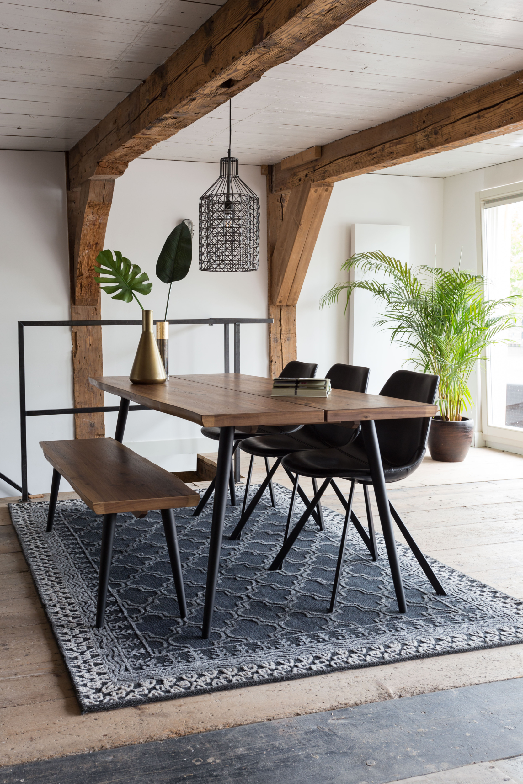 ALAGON table