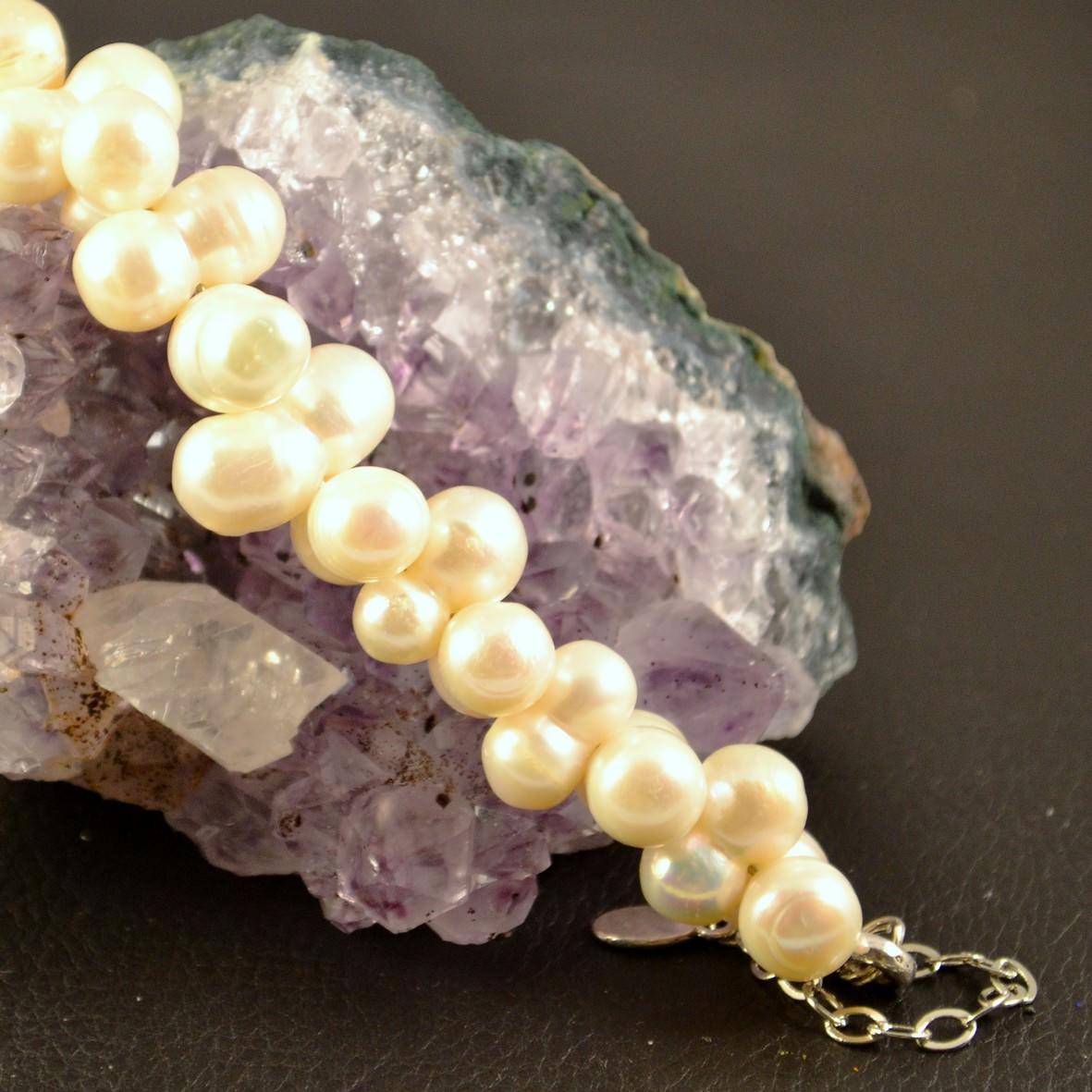 Bracelet perle d\'eau douce ronde jumelle croisée blanc