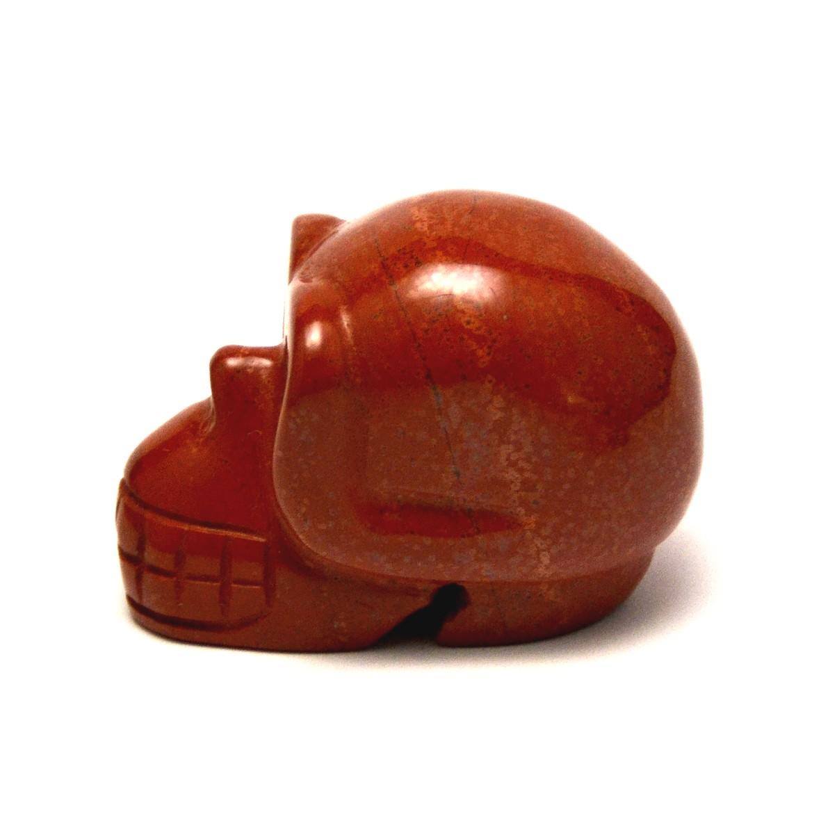 statuette minéraux crane skull en pierre naturelle de jaspe rouge