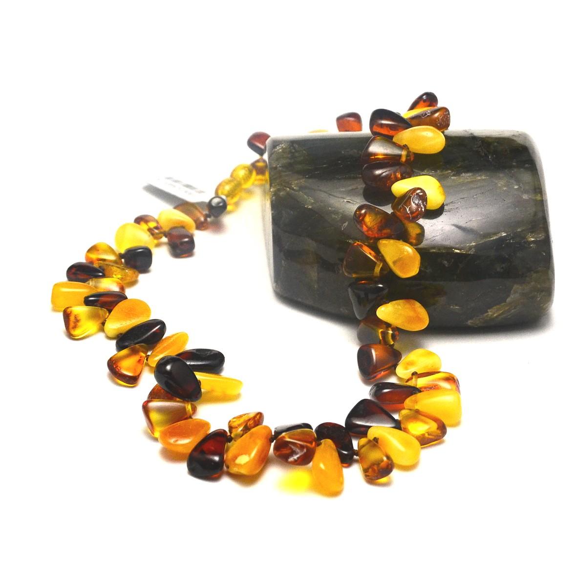 superbe collier en ambre  de la mer baltique