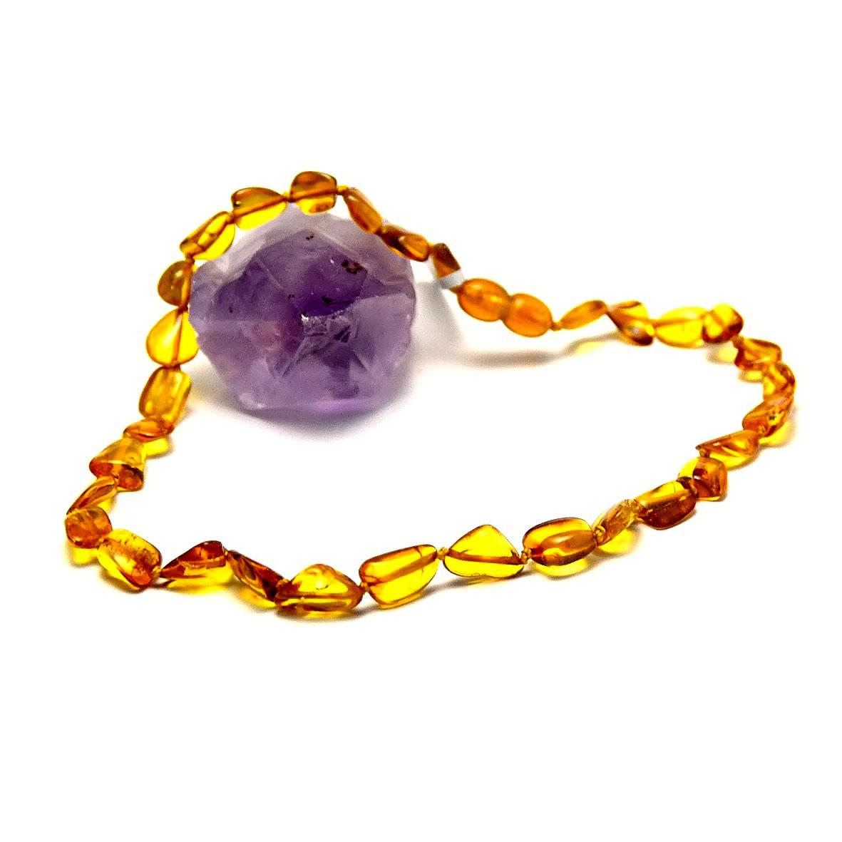 collier ambre de la mer baltique pour bébé