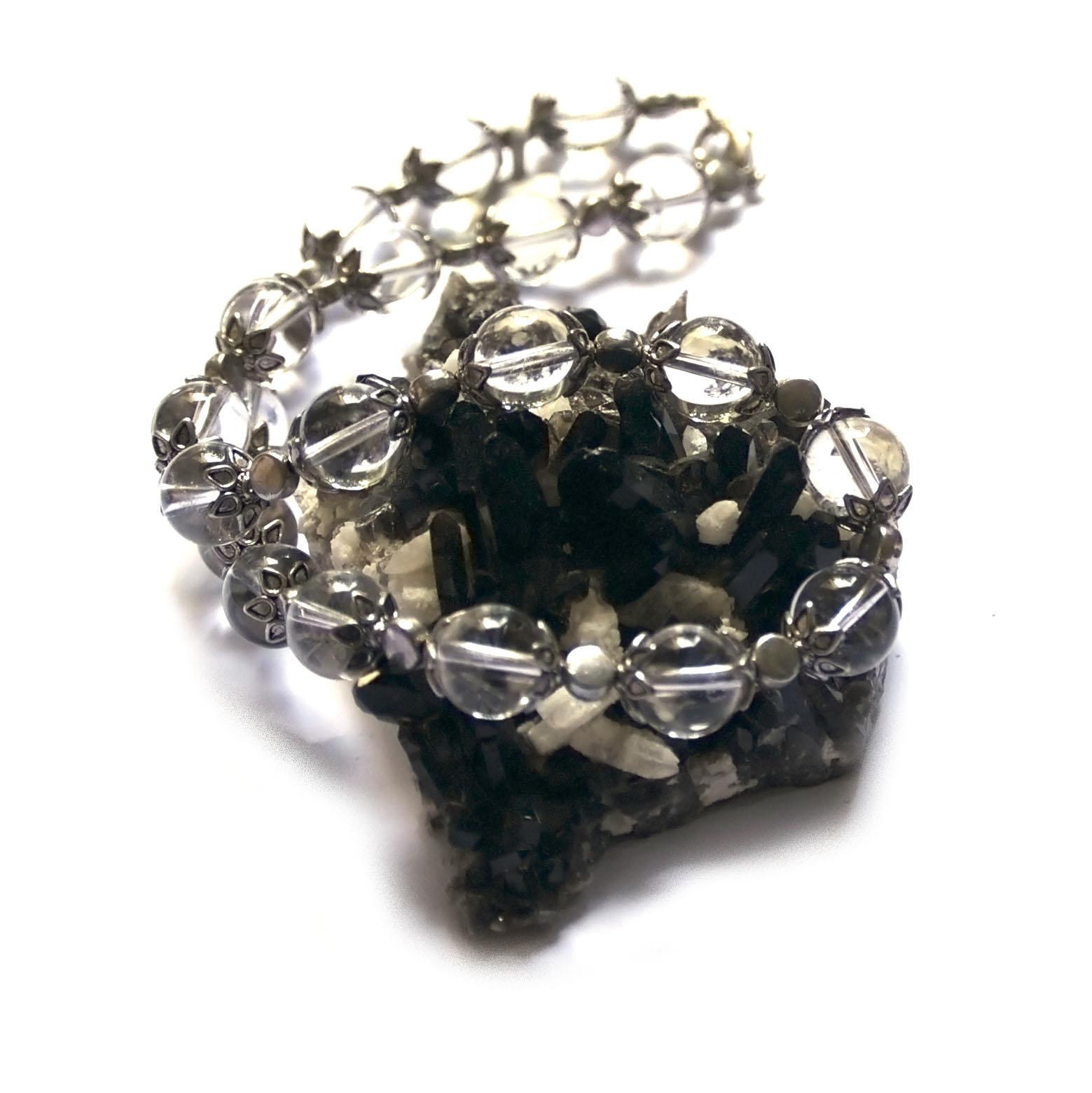 collier cristal de roche  perle ronde 12 mm -coupelle argentée