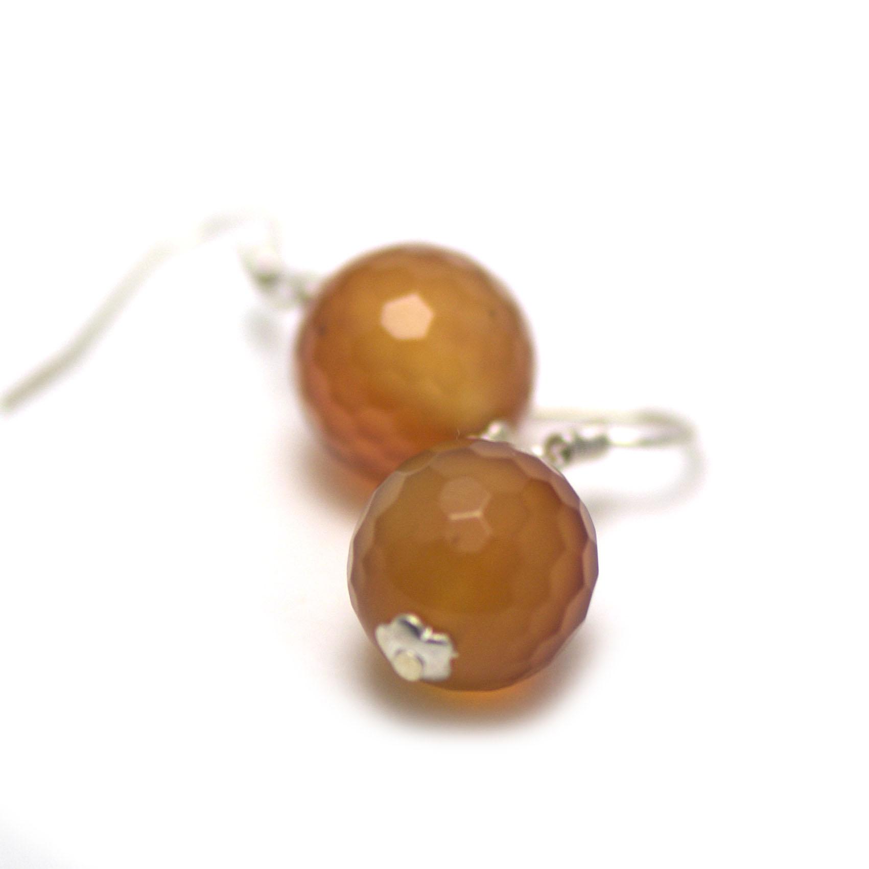 boucle d\'oreille cornaline ,  perle ronde facettée 12 mm