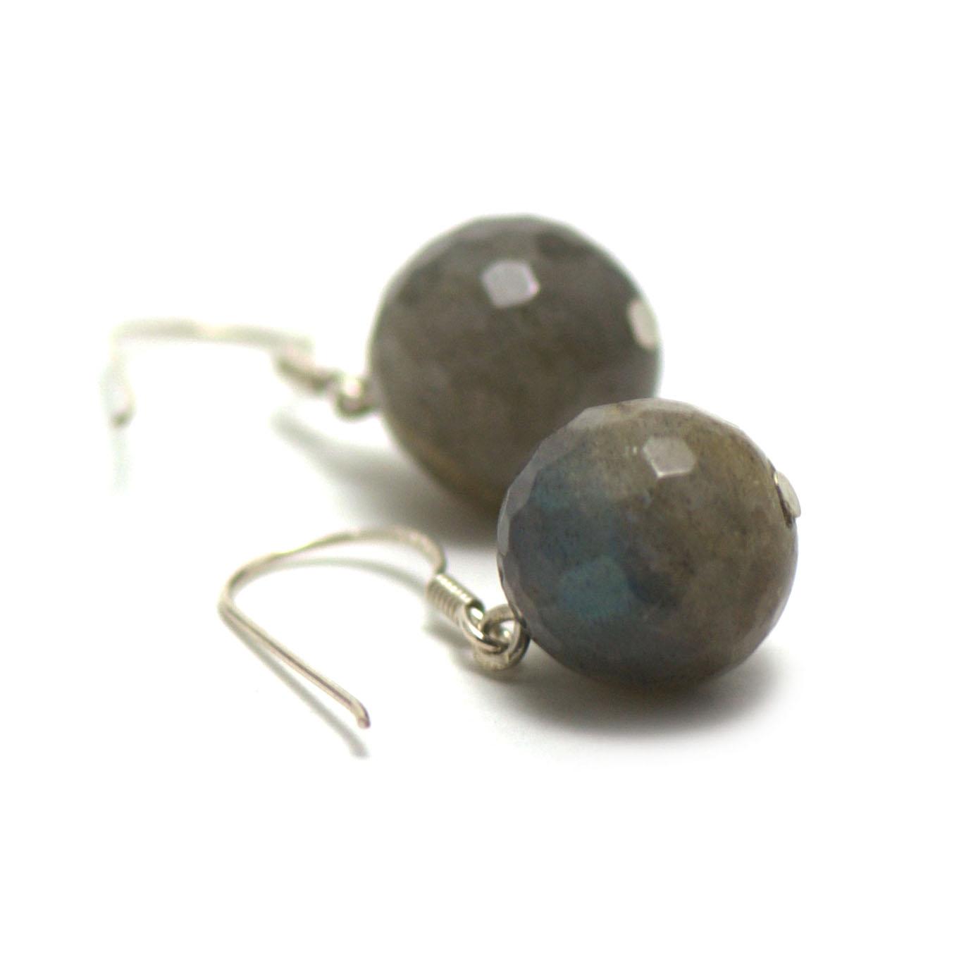 boucle d\'oreille labradorite , \' perle ronde facettée 12 mm