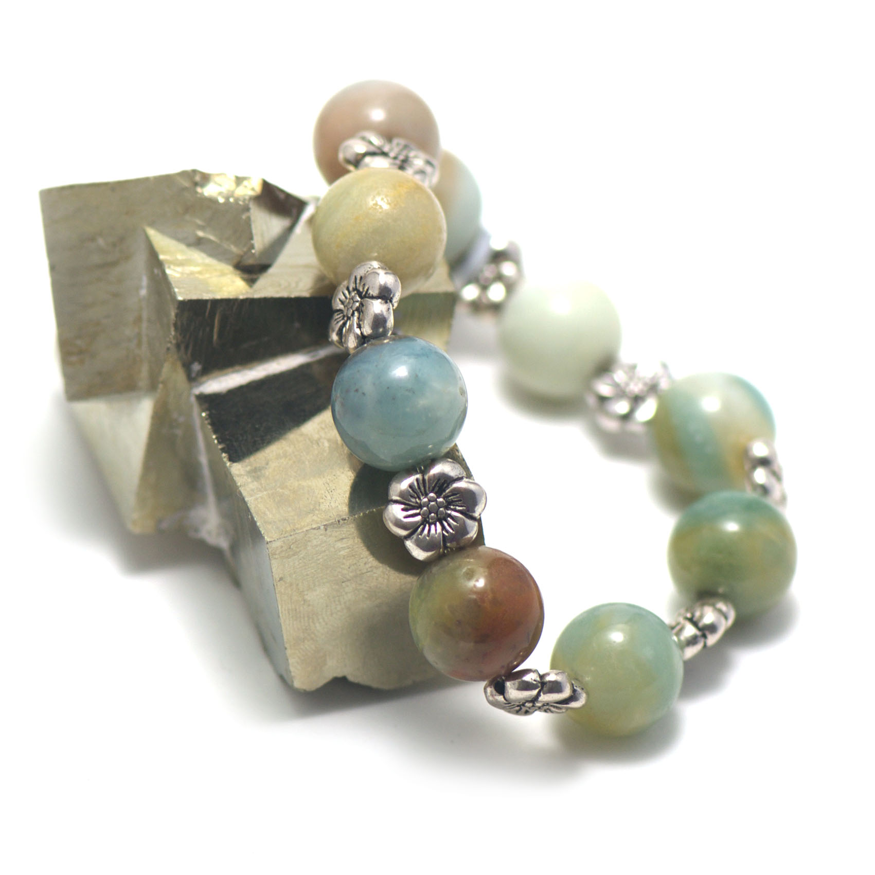 bracelet amazonite brut ,  perle ronde 14 mm - perles argentée fleur