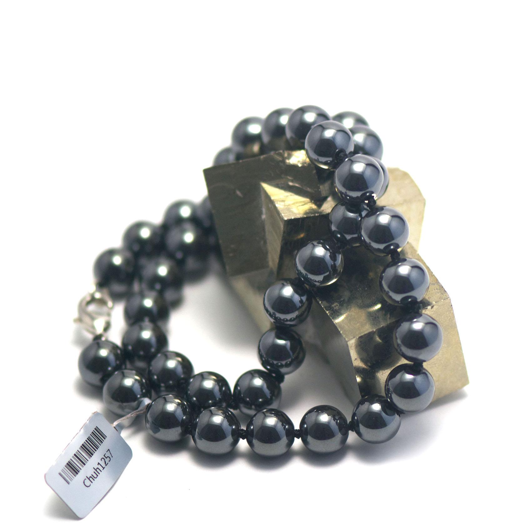 collier hématite ,  perle ronde 10 mm
