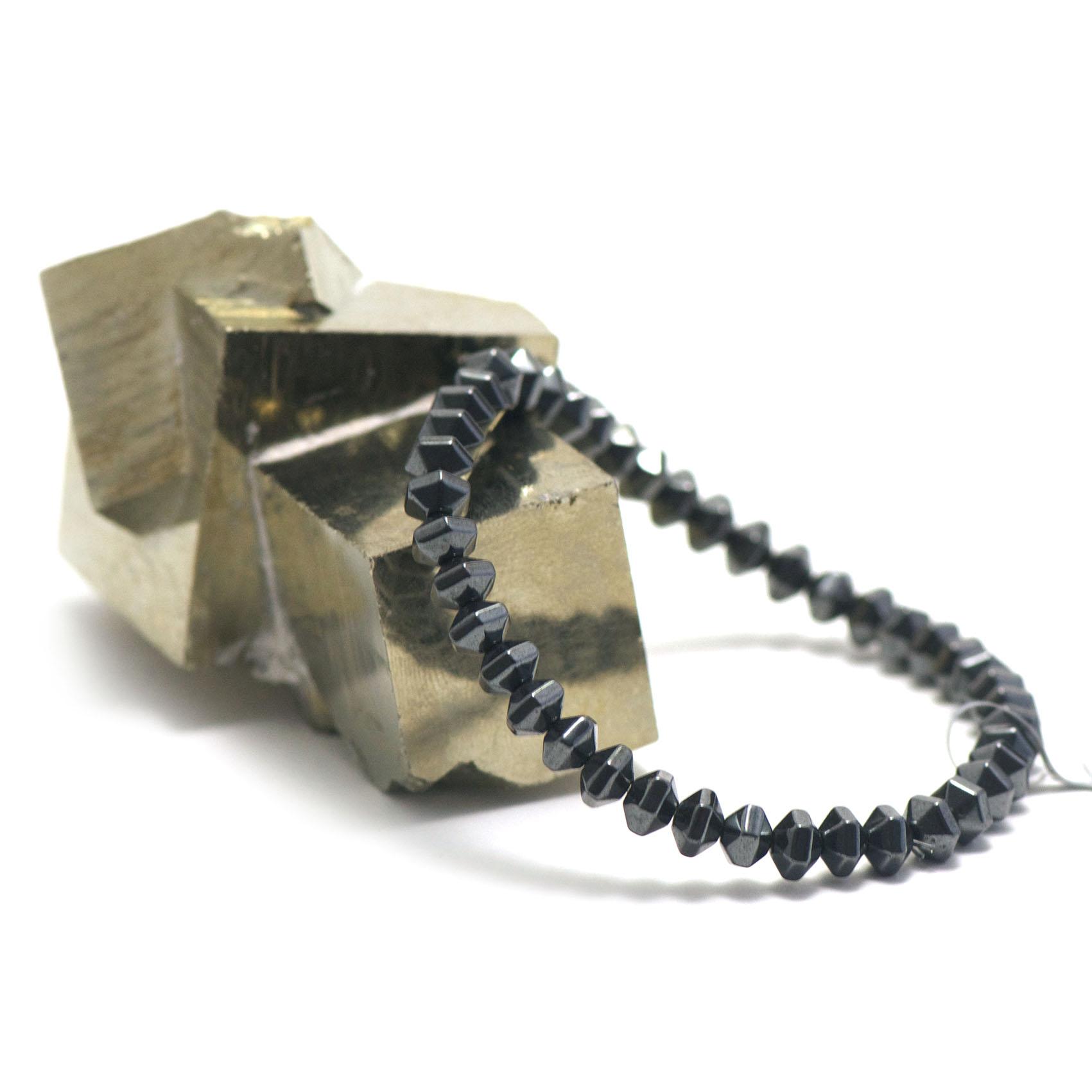 bracelet hématite ,  perle rondelle - hexagonale