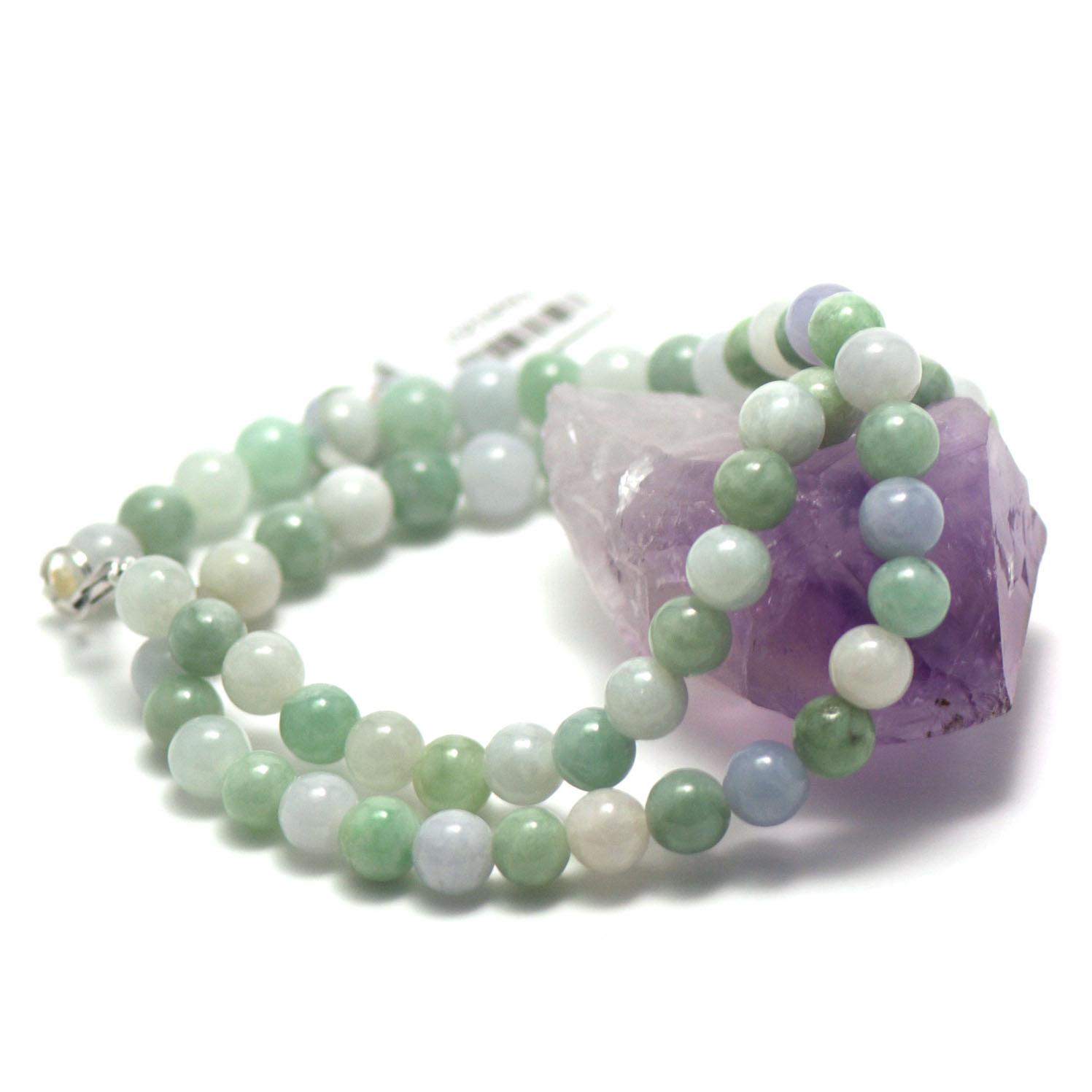 collier jade , perle ronde 7 mm , blanc -vert clair