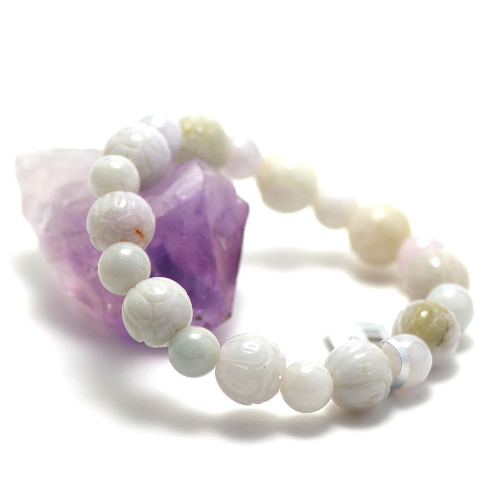 bracelet jade ,  ronde motif lotus - perle ronde 9 mm