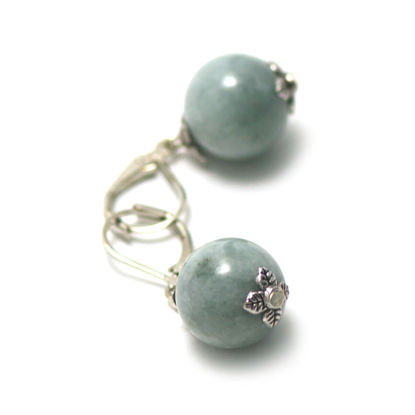 boucle d\'oreille jade ,  perle ronde 13 mm , vert marbré