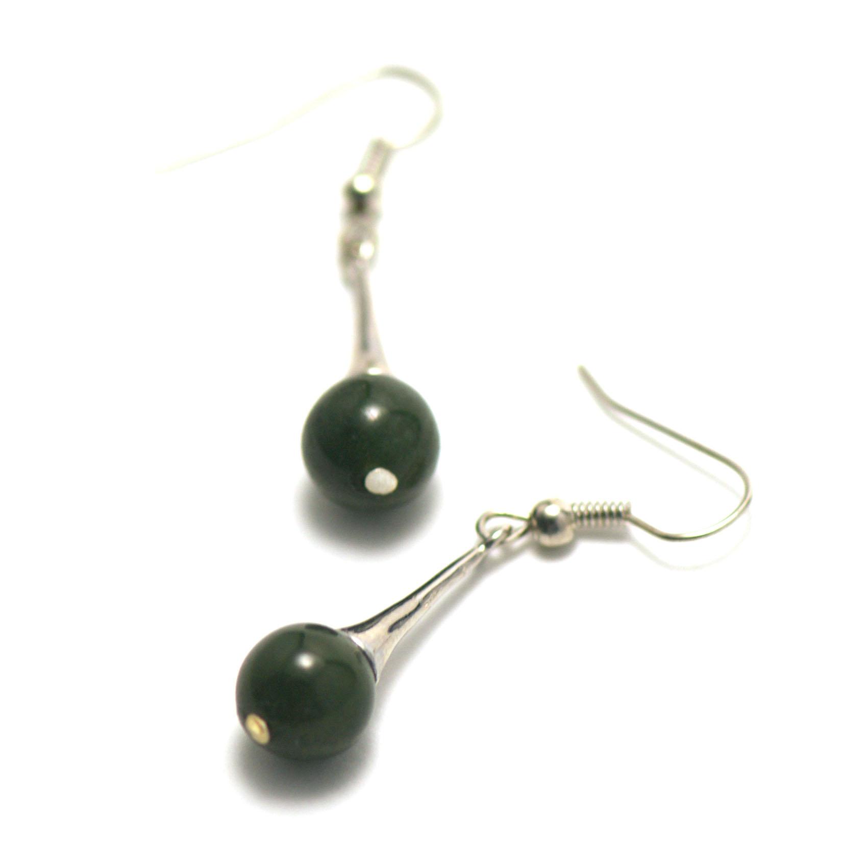 boucle d\'oreille jade ,  lustre - perle ronde 9 mm, vert très foncé