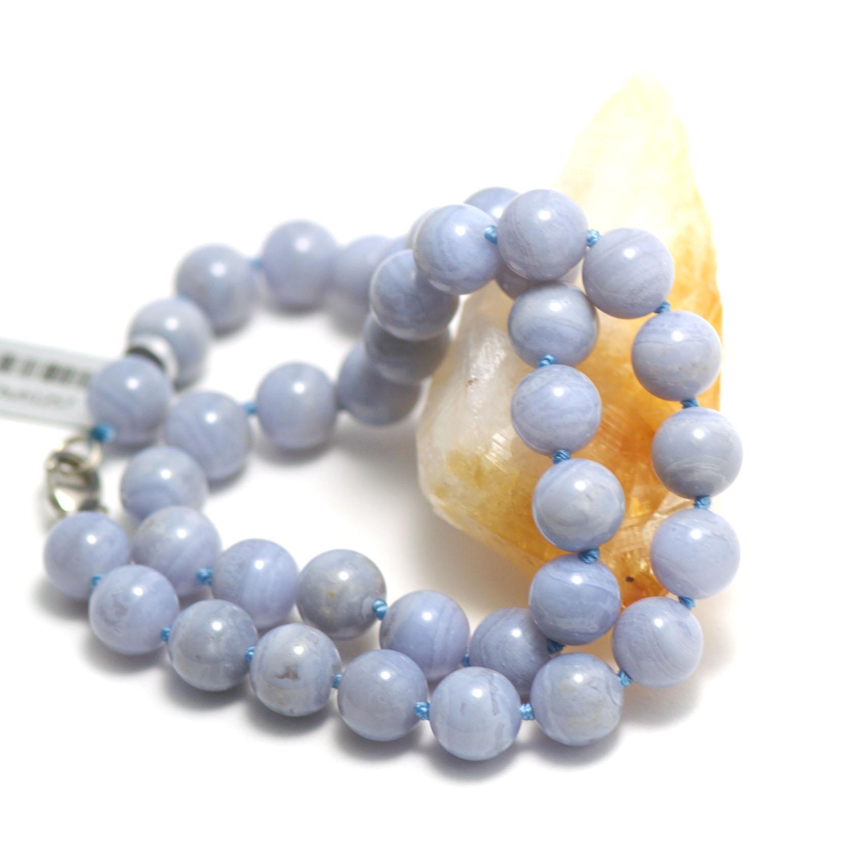collier calcédoine,  perle ronde 10 mm