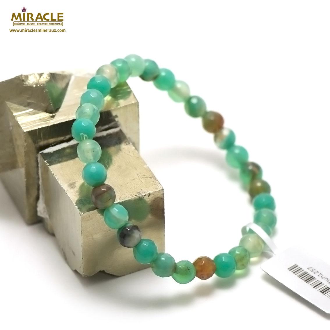 bracelet agate teinté vert menthe ronde  6 mm facettée