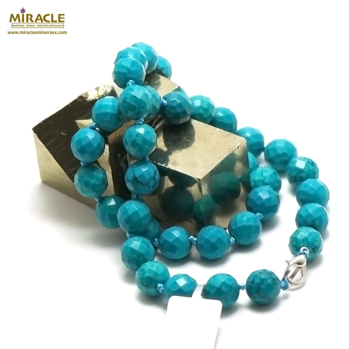 collier turquoise  perle ronde facettée 10 mm