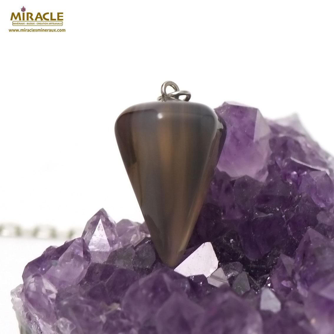 pendule cône facettée en pierre naturelle d\'agate
