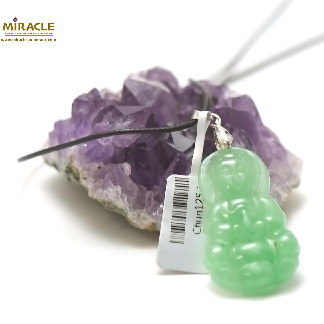Pendentif en jade véritable déesse Guanyin 43x25x6 mm, pierre naturelle