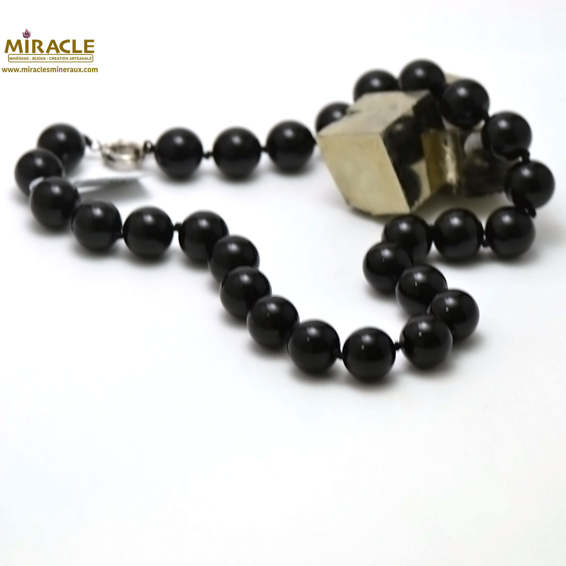 Collier onyx ronde 16 mm