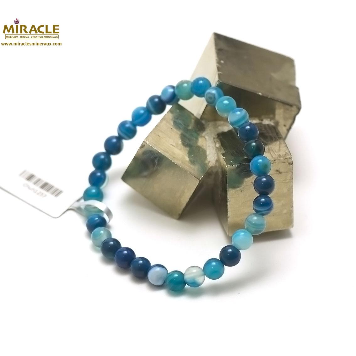 Bracelet agate teinté bleu , perle ronde 6 mm