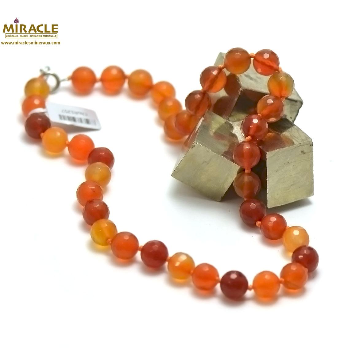 collier cornaline, perle ronde facettée 10 mm