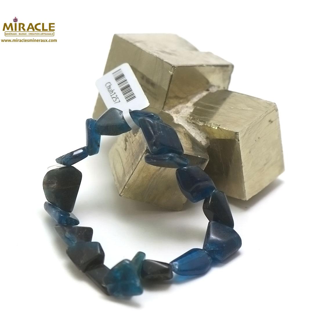 bracelet apatite, perle galet baroque