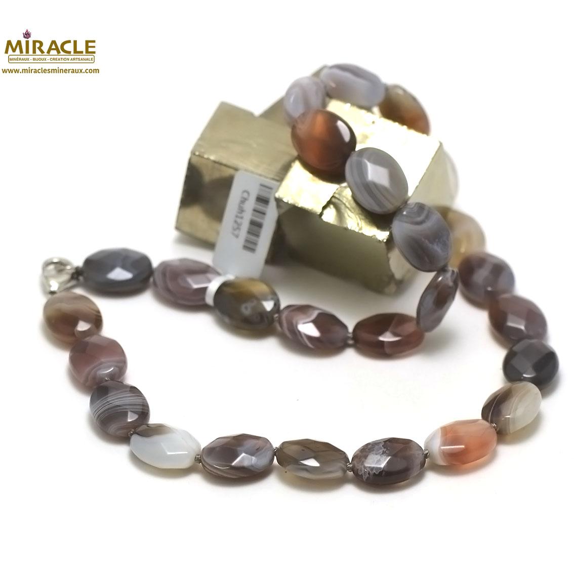 collier d\'agate de botswana, perle palet oval facetté