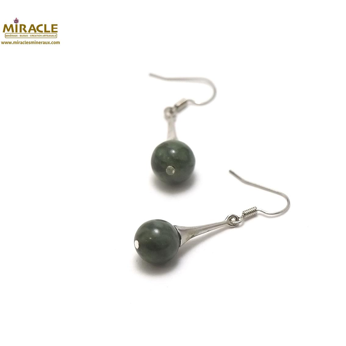 boucle d\'oreille jade de canada , perle ronde 10 mm-Lustre