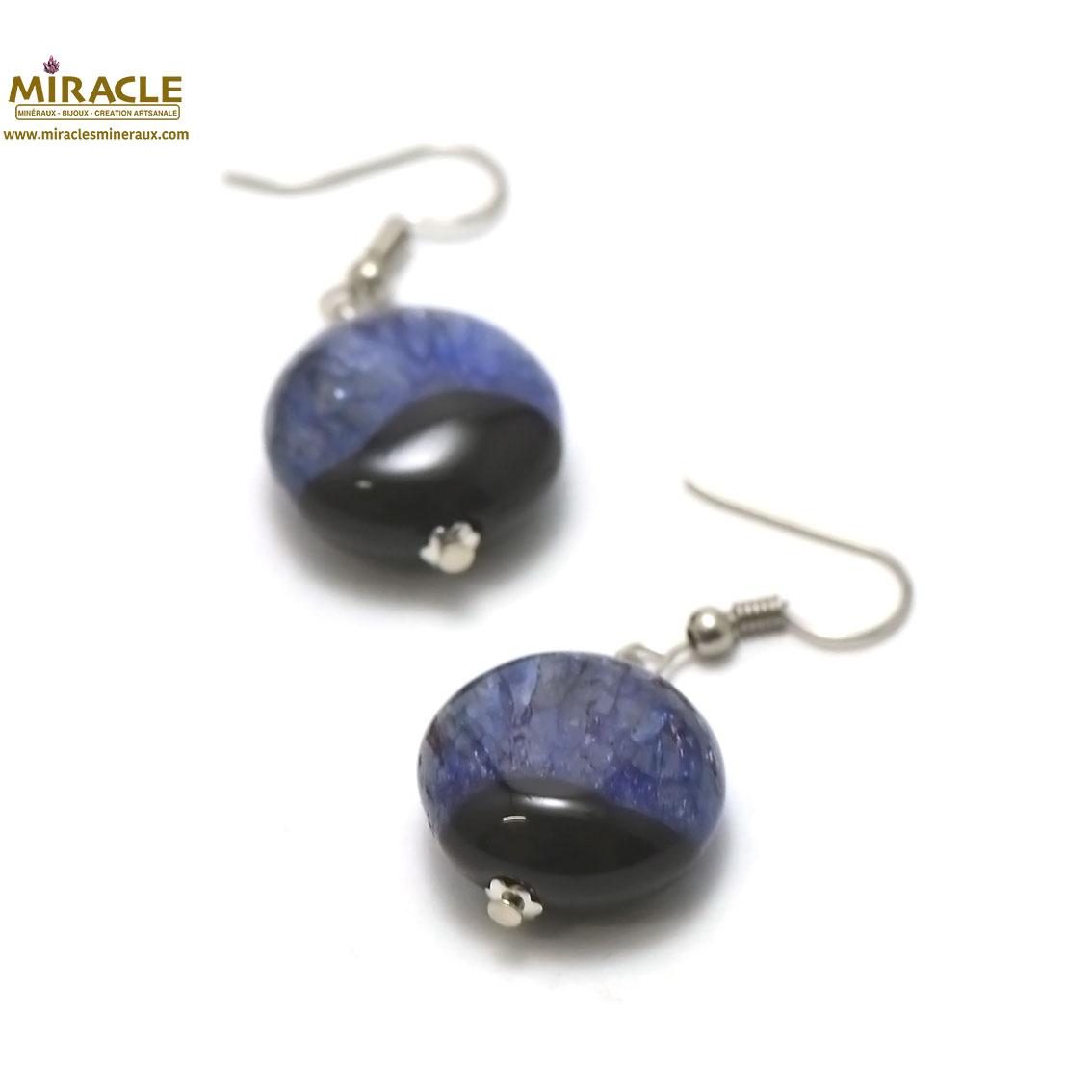 boucle d\'oreille agate bi-colore , perle palet rond,noir/ bleu