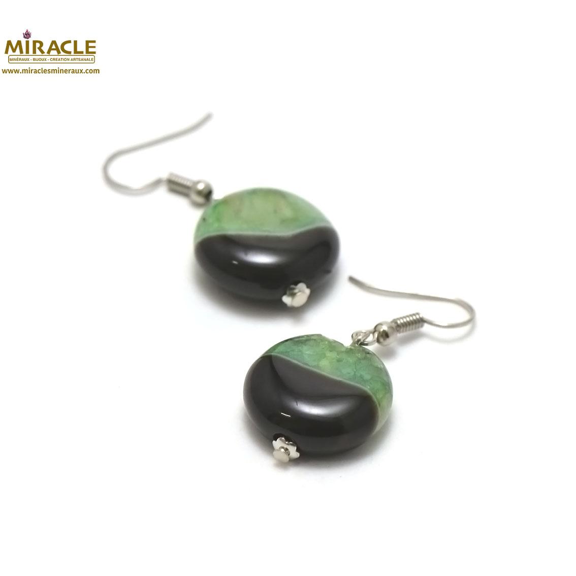boucle d\'oreille agate bi-colore, perle palet rond noir/vert