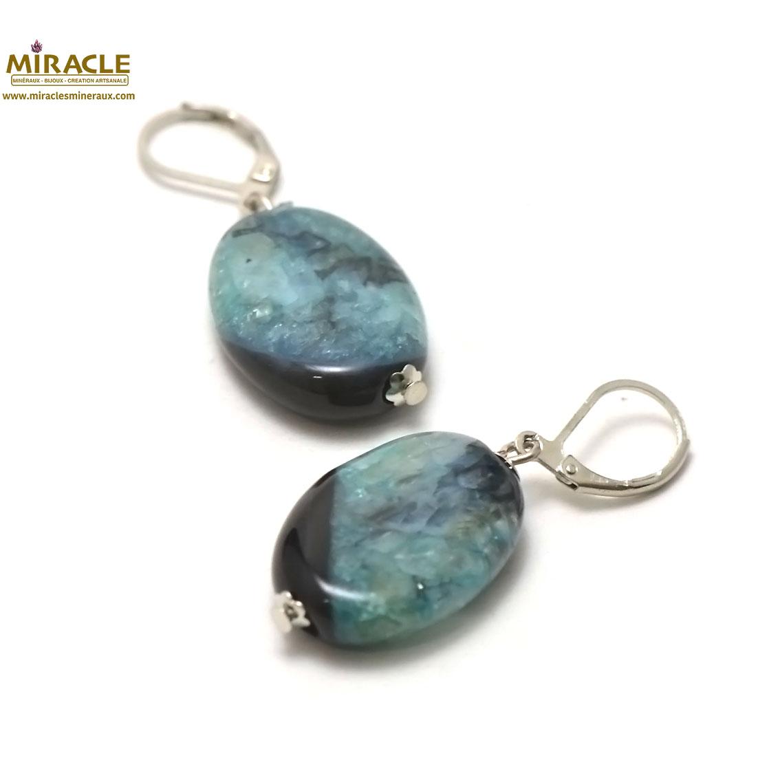 boucle d\'oreille agate bi-colore, perle palet oval noir/bleu