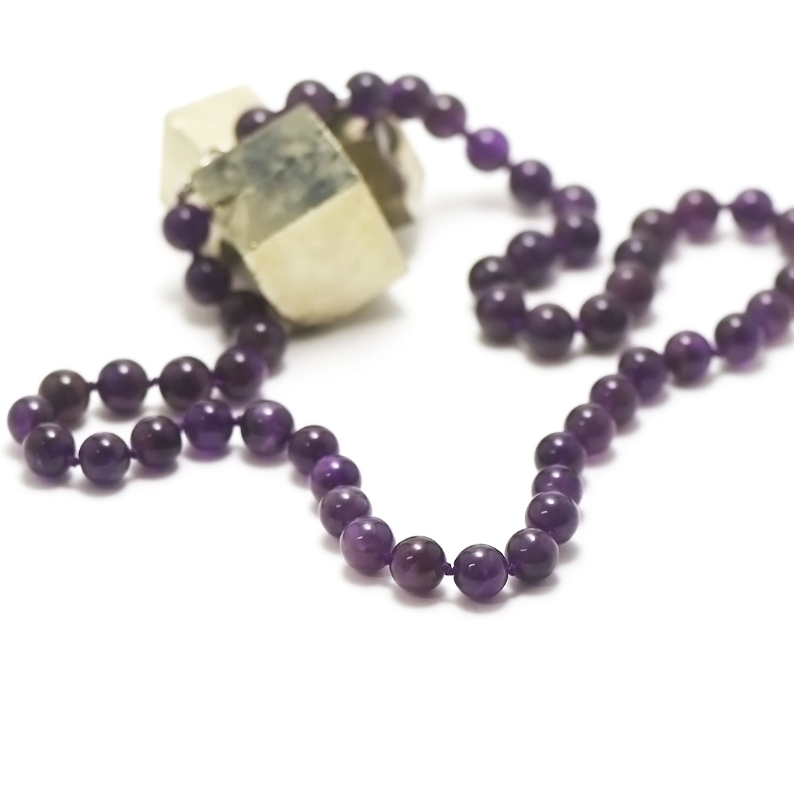 collier long améthyste, perle ronde 10 mm