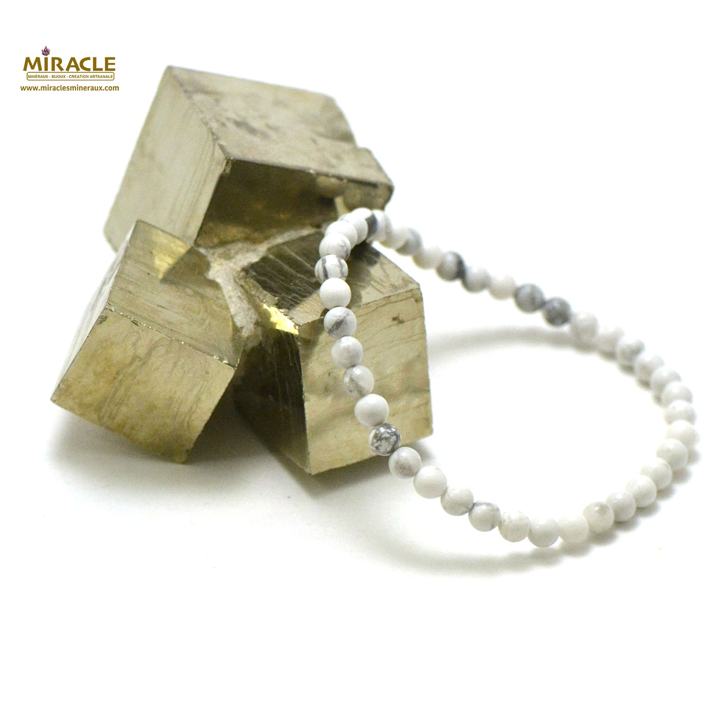 bracelet howlite , perle ronde 4 mm