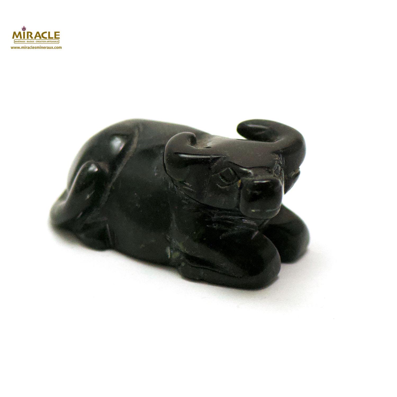 statuette minéraux buffle, obsidienne noir