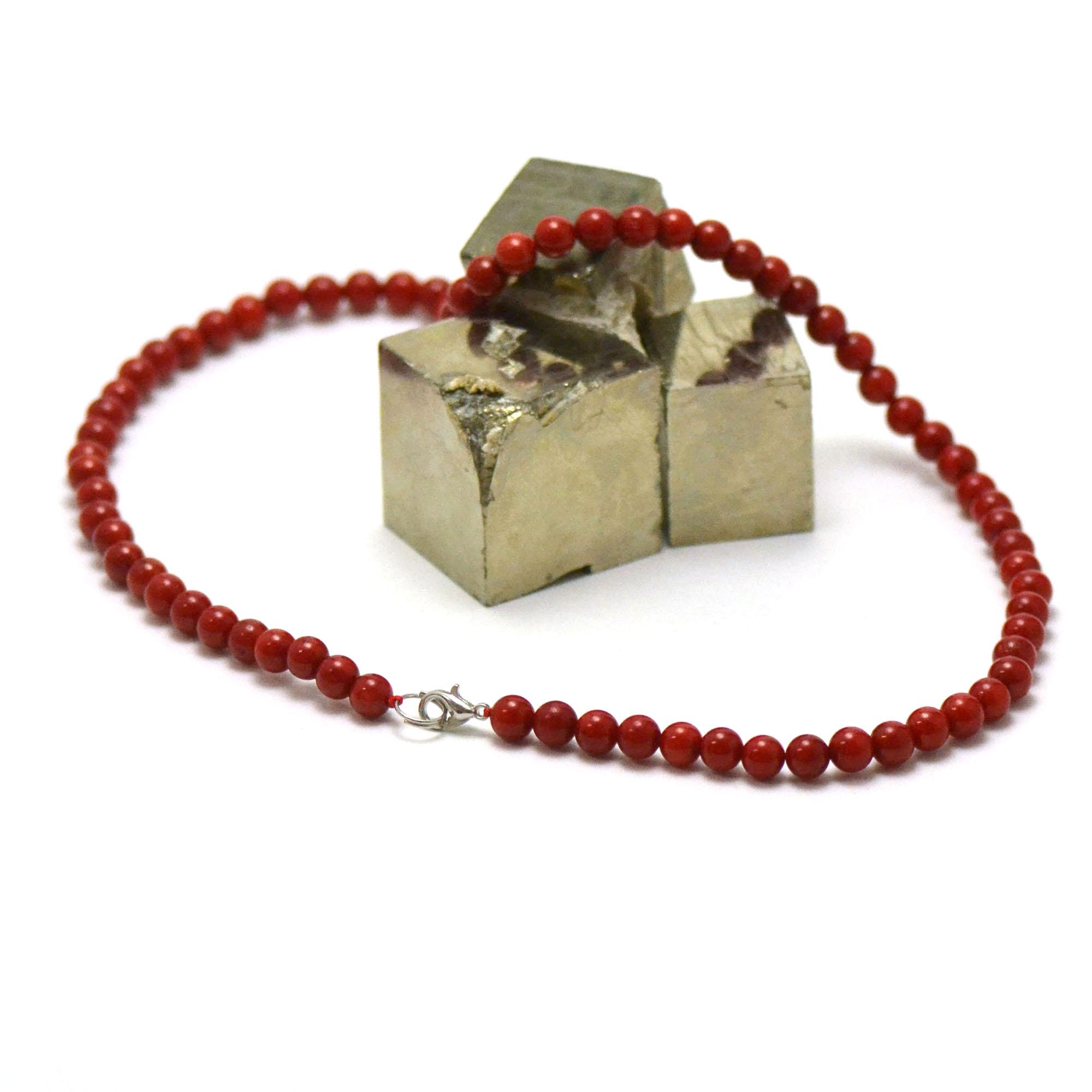 collier corail /bambou de mer ,perle ronde 6 mm