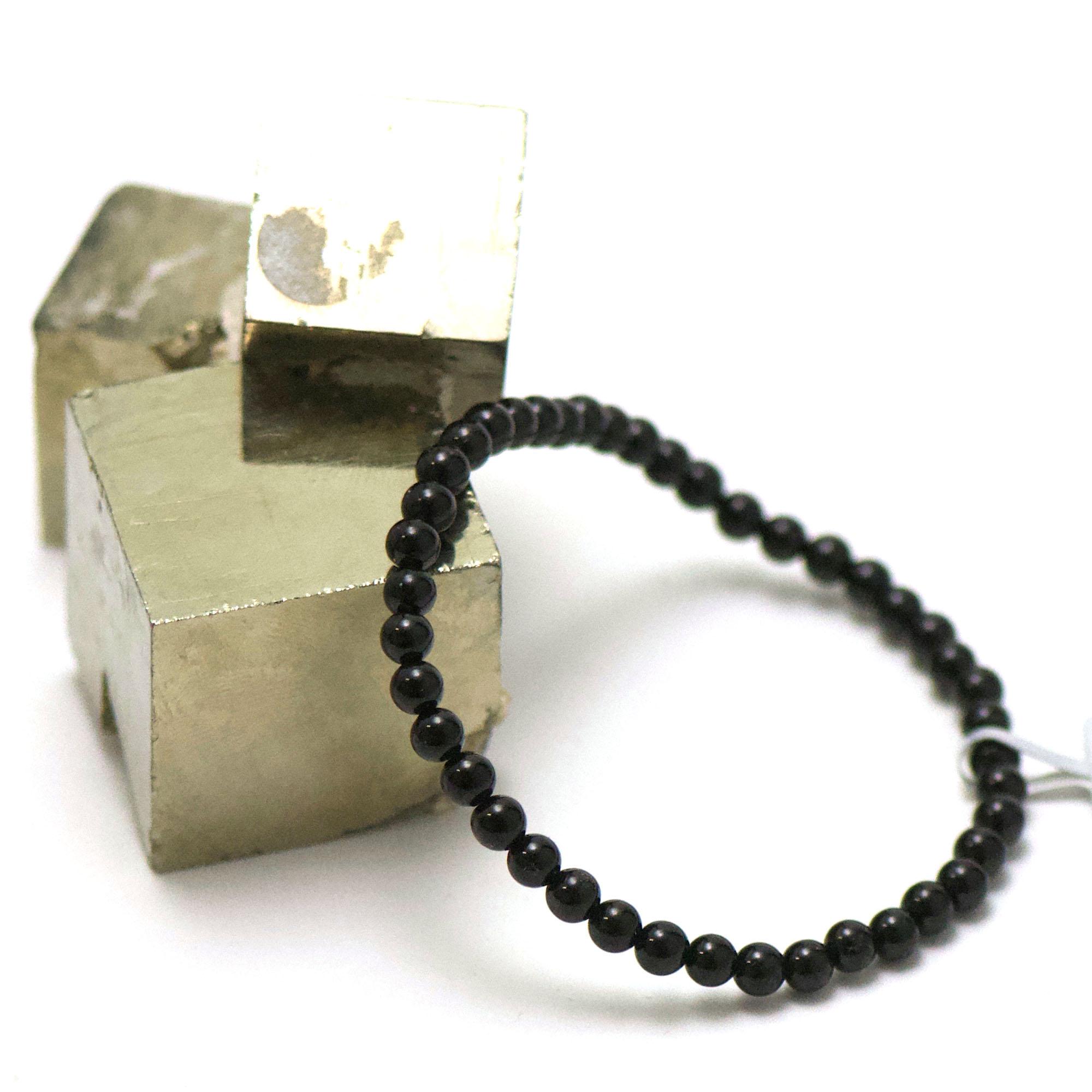 bracelet tourmaline noir, perle ronde 4 mm