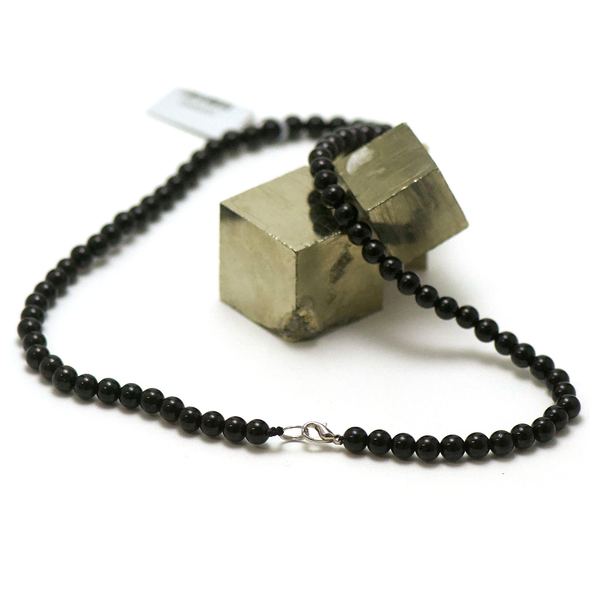collier en tourmaline noir, perle ronde 6 mm