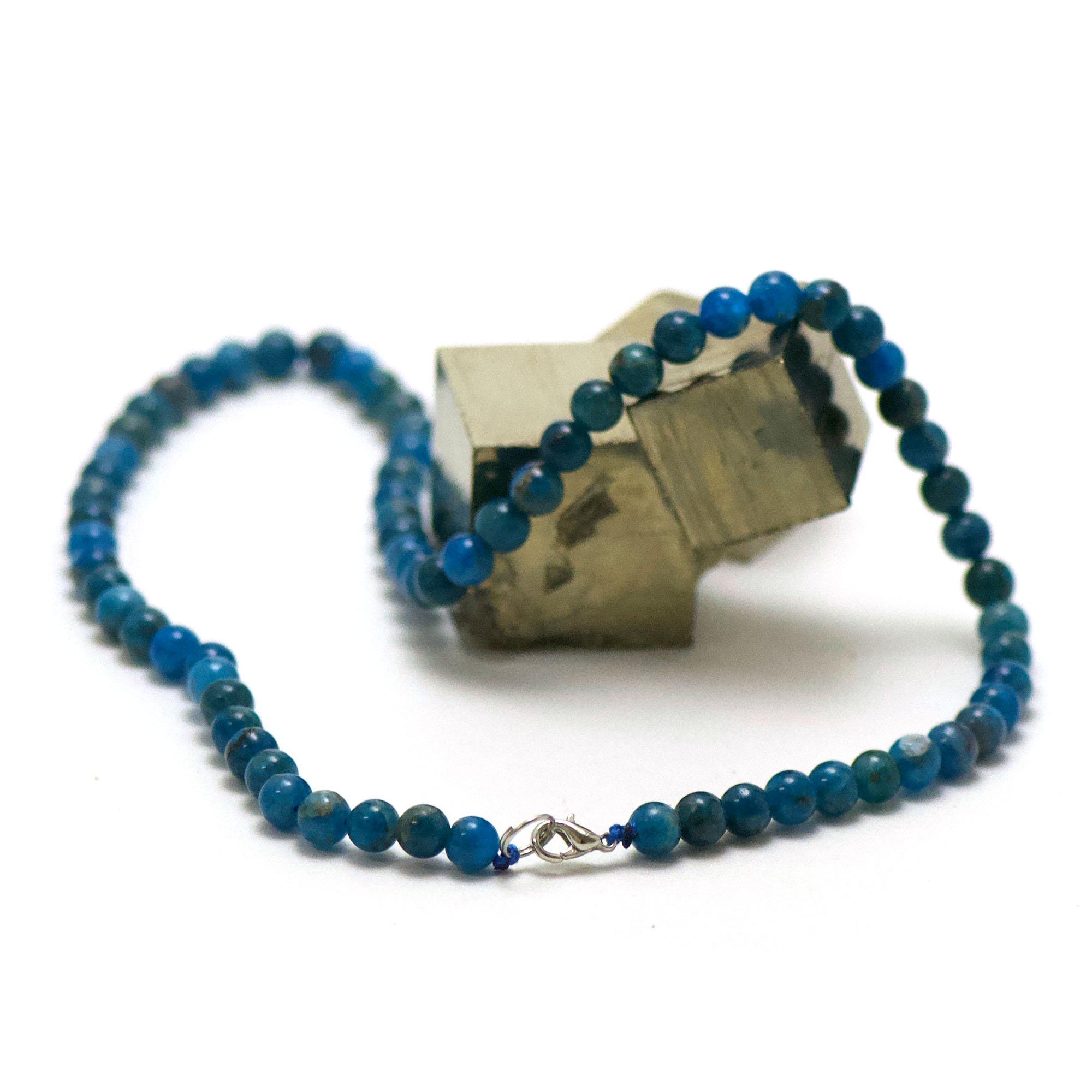 collier en apatite, perle ronde 6 mm